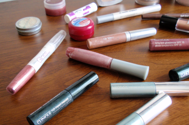 Spring Cleaning - Cleaning Out My Makeup Stash 3