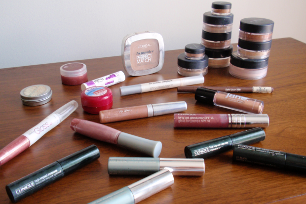 Spring Cleaning - Cleaning Out My Makeup Stash