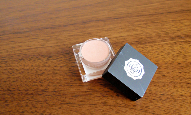 Glossybox - August 2014 - Kryolan Highlighter