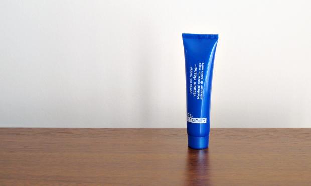 Birchbox - October 2014 - dr. brandt pores no more vacuum cleaner